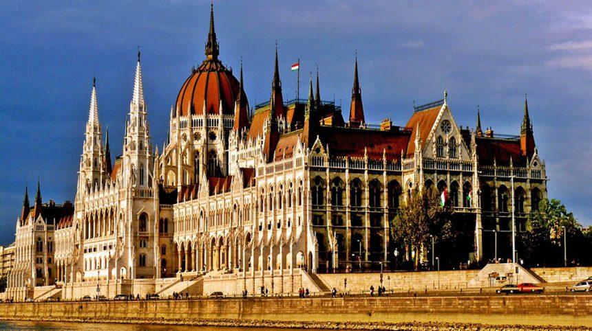 Zahnersatz in Budapest