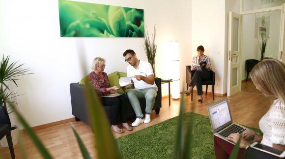 Wartezimmer Evergreen Dental Zahnklinik