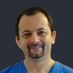 Dr. Attila Tóth, Kieferchirurg
